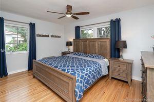 Bedroom set for Sale in Coral Gables, FL