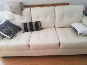 White leather couch for Sale in Hemet, CA