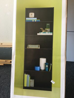 "5 shelf bookcase black 5'8""tall for Sale in San Diego, CA"