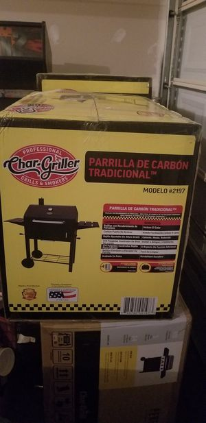 Bbq charcoal grill for Sale in Woodbridge, VA