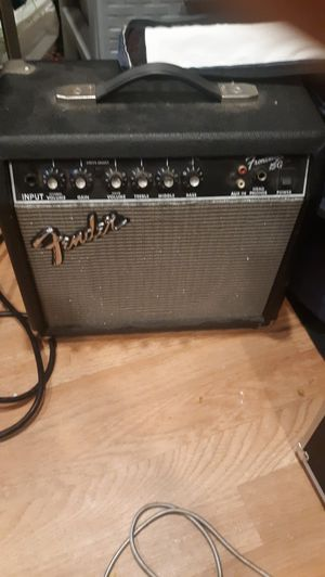 Fender frontman g guitar and bass amp for Sale in San Luis Obispo, CA