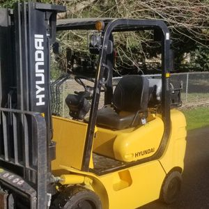 Forklift Hyundai 25xl for Sale in Puyallup, WA