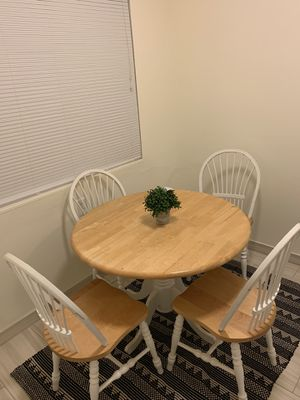 Wood kitchen table - chairs set for Sale in Redwood City, CA
