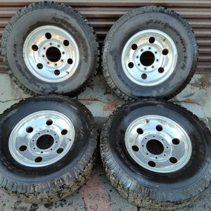 Ford f250 or excursion 16 inch Aluminum wheels. 8 on 170mm for Sale in Montebello, CA