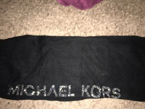 Michael kors scarf for Sale in Des Moines, IA