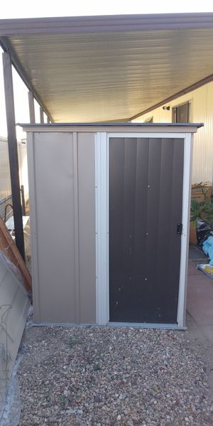 Metal storage shed for Sale in Garden Grove, CA