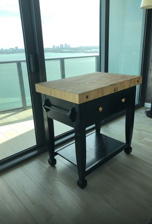 Stunning Boos Block High End Kitchen Island for Sale in Miami, FL