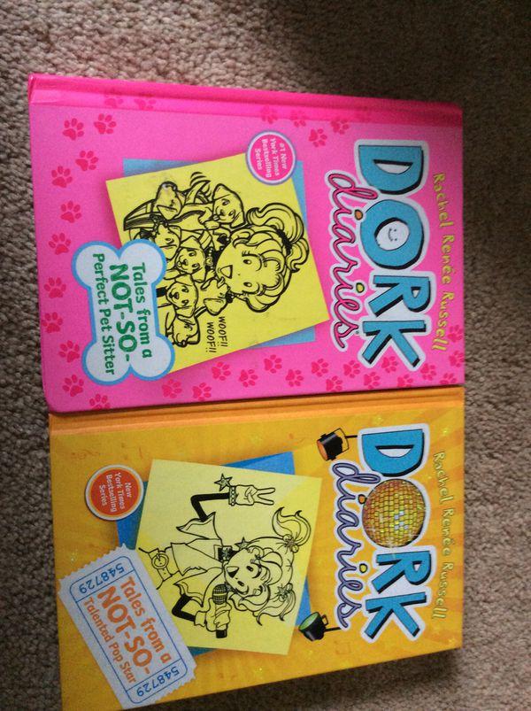 Set of 4 Dork diaries books