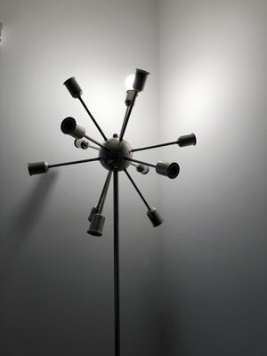 Moldern Floor Lamp for Sale in Beverly Hills, CA