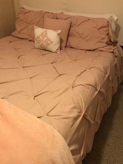 White Queen Bed Frame for Sale in Salt Lake City,  UT