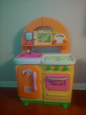 Dora the explorer kitchen for Sale in St. Louis, MO