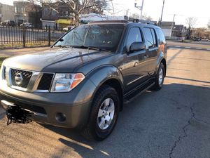 Nissan PathFinder 2005 for Sale in Chicago, IL