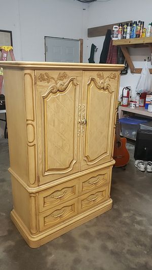 Quality dresser for Sale in Cocoa, FL