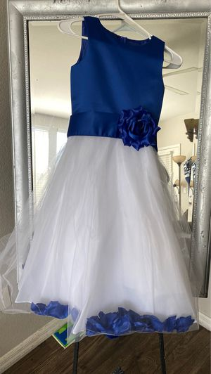 Girls dress size 8 for Sale in North Las Vegas, NV