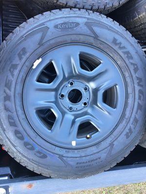 17 inch MoparJeep truck suv rims for Sale in Coral Gables, FL
