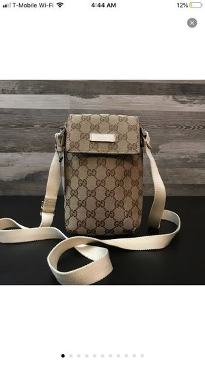 Gucci crossbody bag for Sale in Woodland, CA