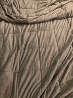 Gray Weighted blanket from Kohls for Sale in Bridgeport, CT