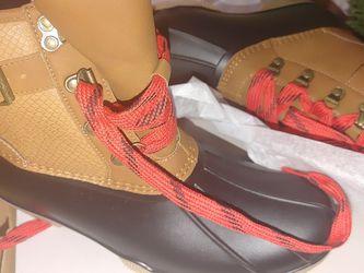 Snow Or Rain Boots For Woman Size 9 New/ Botas de nieve y lluvia de mujer size 9 for Sale in Phoenix,  AZ