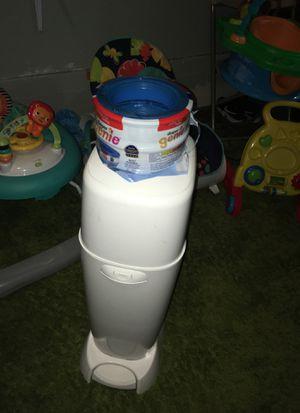 Geenie diaper trash can for Sale in San Leandro, CA