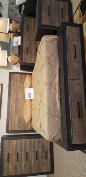 Miter Brown Storage Platform Bedroom Set for Sale in Silver Spring, MD