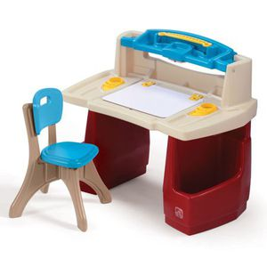 Step2 Deluxe Art Master Kids Desk for Sale in Queens, NY
