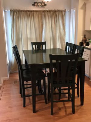 Kitchen table and chairs for Sale in Germantown, MD
