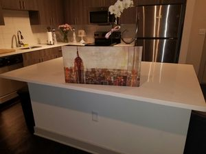 Small rectangle painting of new York. for Sale in Hyattsville, MD