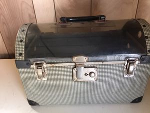 F. C. & N. Co. Vintage Cat dog pet carrier for Sale in Waynesboro, PA