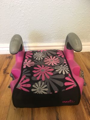 Booster seat kids child toddler carseat girl pink black with 2 cup holders for Sale in Garland, TX