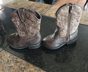 Little girls boots size 6 for Sale in Colorado Springs, CO