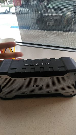 Aukey Bluetooth speaker for Sale in Los Angeles, CA
