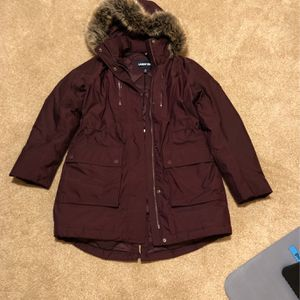 Land's End Women's Expedition Waterproof Down Winter Parka With Faux Fur Hood Mulberry Color, for Sale in Houston, TX