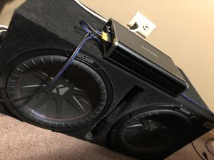 Speaker w amp for sale 700 for Sale in Oakland, CA