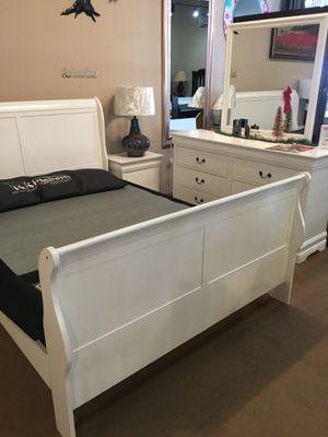 Sale!! 4 Pc Queen Bedroom Set for Sale in Norwalk, CA