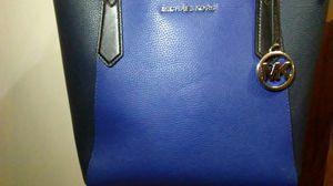 Michael kors purse for Sale in Laveen Village, AZ
