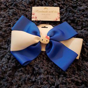 Hello Kitty Handmade Girls Hair Bow for Sale in Torrance, CA