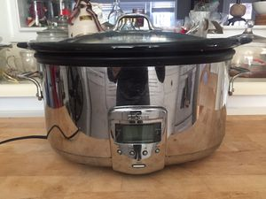 All Clad large capacity ceramic slow cooker for Sale in Arlington, VA