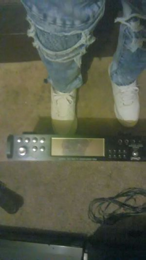 Pyle Brand 3000 Watt Pre-Amplifier /AM/FM Tuner Combo for Sale in Cleveland, OH