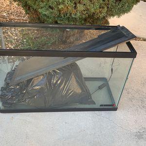 Fish Tank for Sale in Moreno Valley, CA