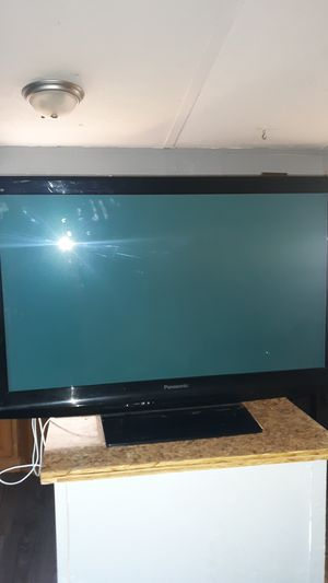 Panasonic tv for Sale in Riverview, FL