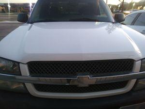 2004 chevy silverado super clean for Sale in Riverside, CA
