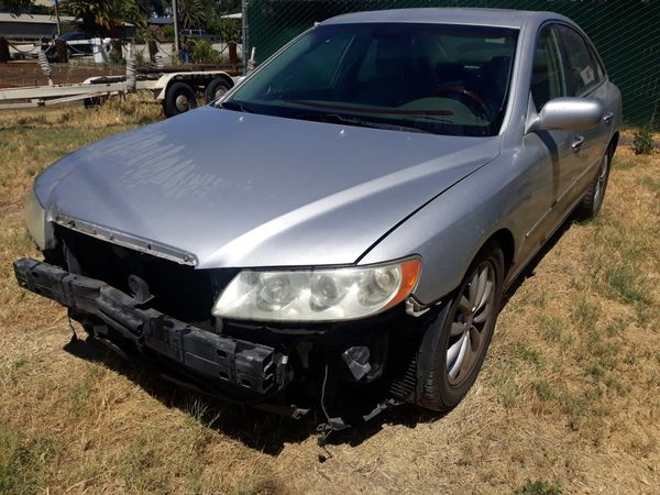 2006 Hyundai Azera ***133kmi*** salvaged ***$1950***