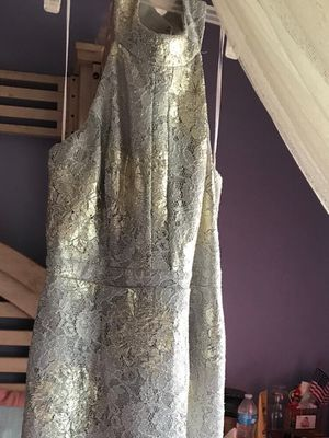 🌲🌲$48 NEW Sz 10 GORGEOUS GOLD/SILVER LACE COCKTAIL DRESS XMAS 🎁 for Sale in Bloomington, CA
