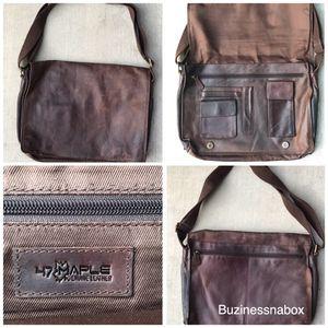 Vtg 47 Maple Leather Messenger Bag for Sale in Ontario, CA