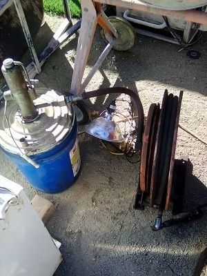 Canister Grease Pump and Air hose and reel for Sale in El Cajon, CA