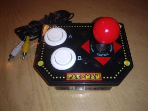 JAKKS Pacific PAC-MAN Retro Arcade Game Plug in TV and Play (12 Games in 1) 2009 for Sale in Palmdale, CA