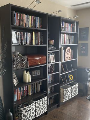 Bookshelves with Lighting for Sale in Long Beach, CA