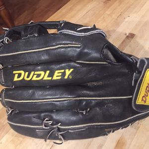 "Dudley 14"" Softball Glove $30 for Sale in San Antonio, TX"