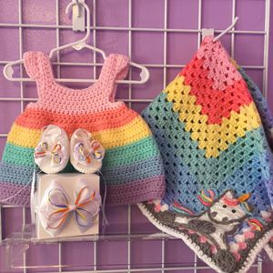 0-3 months old Baby Girl ( Dress, Blanket, Sandals with headband ) for Sale in East Hartford, CT