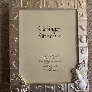 High Quality Silver Plated Album Brand New Holds 109 Photos for Sale in East Lyme, CT